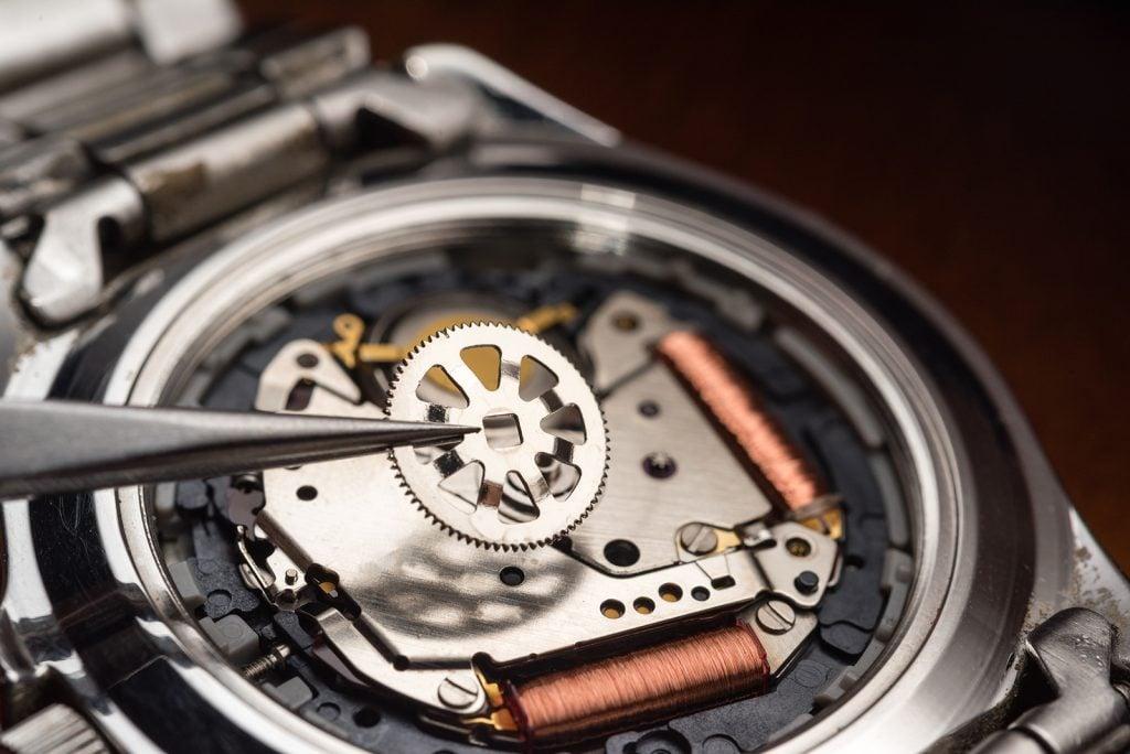 Những kiến thức cơ bản để bảo vệ đồng hồ đeo tay 1
