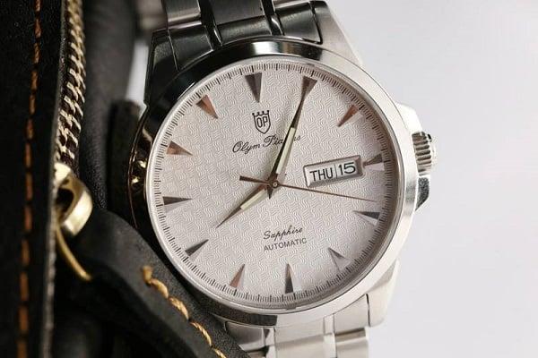 Đồng hồ Olym pianus