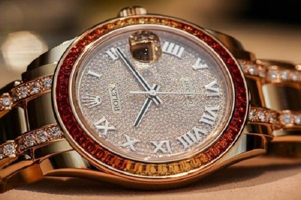 Chất liệu đặc biệt dành cho mặt số đồng hồ Rolex