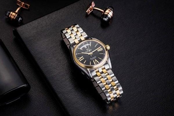 các bộ sưu tập đồng hồ titoni