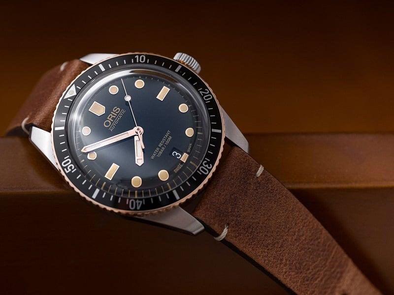 Về thiết kế của đồng hồ Oris