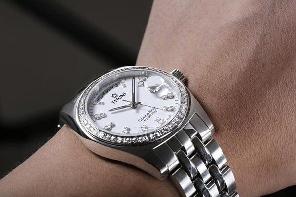 Đồng hồ titoni - một kiệt tác đến từ thụy sĩ 1
