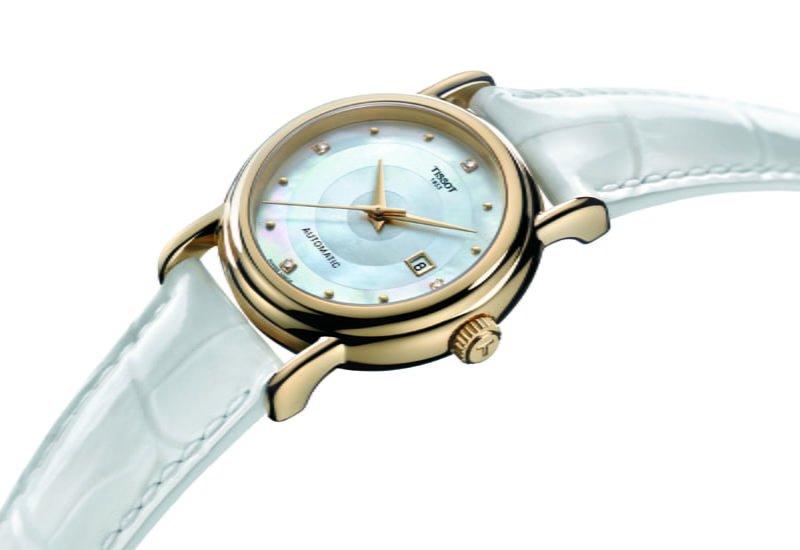 Tissot carson ladies chronograph